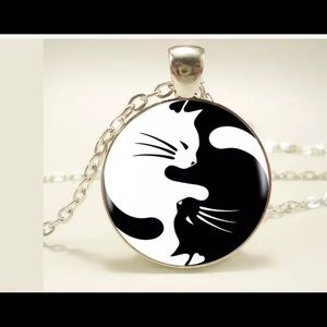 Jewelry - Gothic yin yang cat pendant necklace